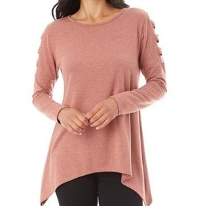 ROCK & REPUBLIC Large Pink Open Lattice Sleeve Top
